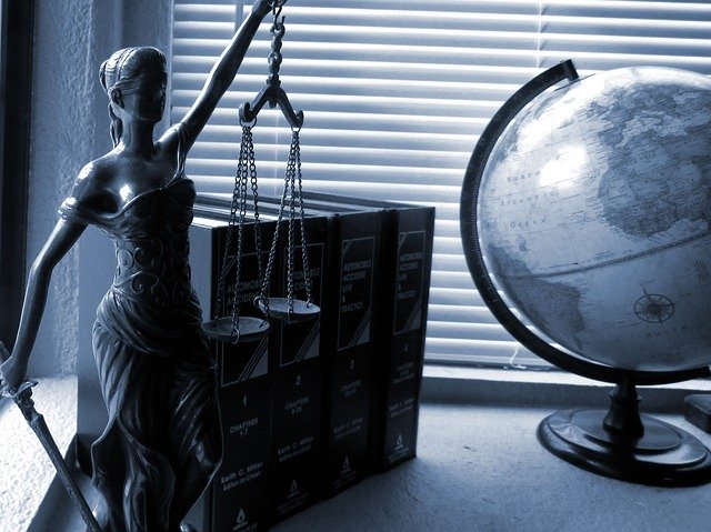 Illinois Mortgage Pros Indicted in $3M Mortgage Scheme